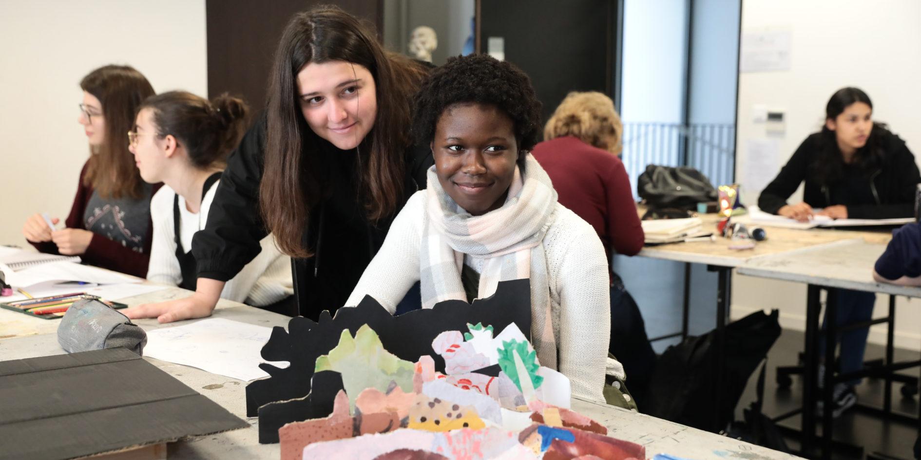 Etudiantes en expression plastique ESMA Toulouse